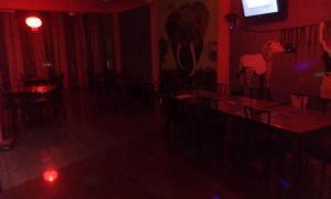 Downtown hotel-restaurant&pub, Hotel  Anuradhapura - big - 19