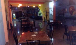 Downtown hotel-restaurant&pub, Hotely  Anuradhapura - big - 22