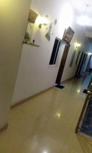 Downtown hotel-restaurant&pub, Hotely  Anuradhapura - big - 5