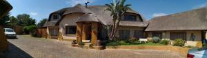 All over Africa Guest house, Penzióny  Kempton Park - big - 56