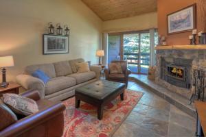 Needles Condo 3 Minutes from Purgatory Resort. 25 Minutes from Downatown Durango, Apartments  Durango - big - 1