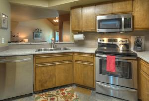 Needles Condo 3 Minutes from Purgatory Resort. 25 Minutes from Downatown Durango, Apartments  Durango - big - 12
