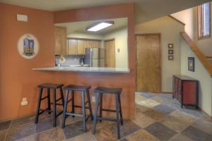 Needles Condo 3 Minutes from Purgatory Resort. 25 Minutes from Downatown Durango, Apartments  Durango - big - 20