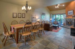 Needles Condo 3 Minutes from Purgatory Resort. 25 Minutes from Downatown Durango, Apartments  Durango - big - 21