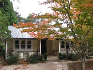 Leura Country Cottage
