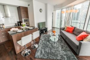 Premium Suites - Furnished Apartments Downtown Toronto, Apartmány  Toronto - big - 57