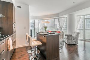 Premium Suites - Furnished Apartments Downtown Toronto, Apartmány  Toronto - big - 55