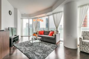 Premium Suites - Furnished Apartments Downtown Toronto, Apartmány  Toronto - big - 54
