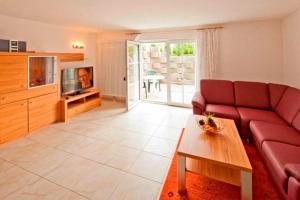 Ferienwohnung _haus_ Whg_ 02 Garte, Appartamenti  Bansin - big - 1