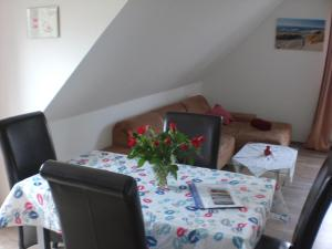 Ferienwohnungen Völschow-Hering Waabs, Apartmány  Waabs - big - 106