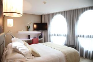 Best Western Premier Why Hotel, Hotel  Lille - big - 5
