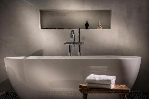Sunvillage Malia Boutique Hotel and Suites, Отели  Малиа - big - 41