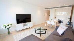 Modern Designer Apartment in the City - CHIPD