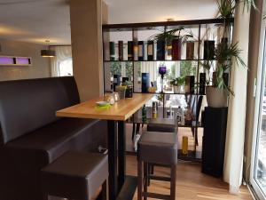 Hotel-Restaurant Zur Fichtenbreite, Hotely  Coswig - big - 22