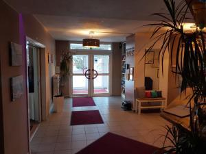 Hotel-Restaurant Zur Fichtenbreite, Hotely  Coswig - big - 21