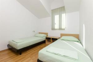Apartments Vinko, Apartmány  Brodarica - big - 19