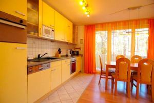 Strandoase_ Whg_ 22, Apartmány  Bansin - big - 7