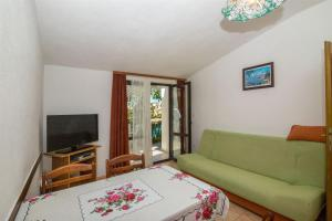 Apartments Dane, Apartmanok  Trogir - big - 3
