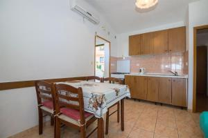 Apartments Dane, Apartmanok  Trogir - big - 25