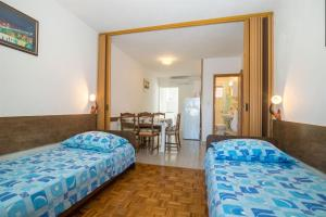 Apartments Dane, Apartmanok  Trogir - big - 34