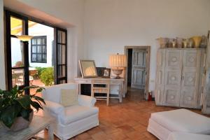 Villa Aiano, Vily  Capri - big - 13