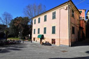 Levanto Rentals, Apartments  Levanto - big - 1