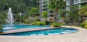 Resort Living at Lost World Ta..