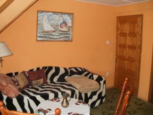 Ilona Kis Kastély Panzió, Guest houses  Keszthely - big - 8