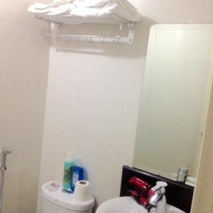 Rolando's Condo Unit 4, Апартаменты  Пасай - big - 52