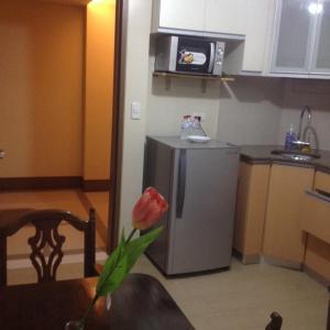 Rolando's Condo Unit 5, Apartments  Pasay - big - 5