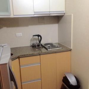 Rolando's Condo Unit 5, Apartments  Manila - big - 15