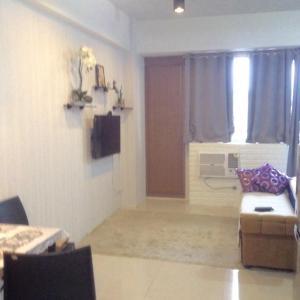 Rolando's Condo Unit 5, Apartments  Pasay - big - 21