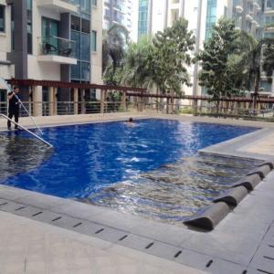 Rolando's Condo Unit 5, Apartments  Pasay - big - 25