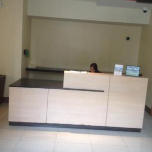 Rolando's Condo Unit 5, Apartments  Pasay - big - 27