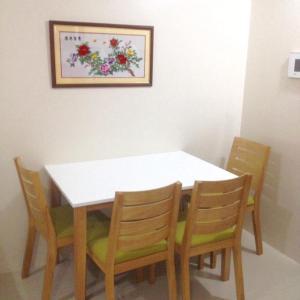 Rolando's Condo Unit 5, Apartmány  Pasay - big - 33