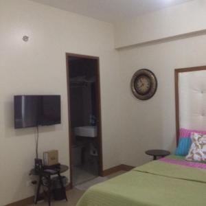 Rolando's Condo Unit 5, Apartmány  Pasay - big - 51