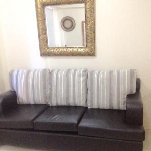 Rolando's Condo Unit 5, Apartments  Pasay - big - 64