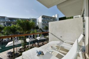 Dream Phuket Hotel & Spa (1 of 63)