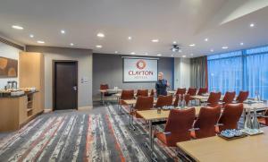 Clayton Hotel Dublin Airport (4 of 36)