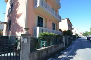 Levanto Rentals, Apartments  Levanto - big - 132