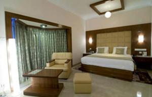 Velan Hotel Greenfields, Hotely  Tiruppūr - big - 3