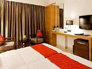 Velan Hotel Greenfields, Hotely  Tiruppūr - big - 8