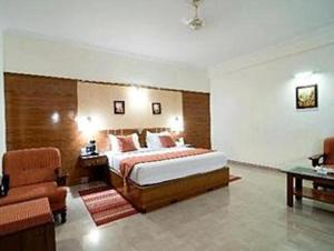 Velan Hotel Greenfields, Hotely  Tiruppūr - big - 2