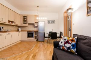 One-Bedroom Apartment (2 Adults) - Zichy Jenő street 11.