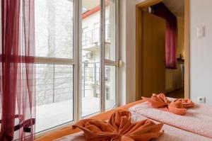 One-Bedroom Apartment - Weiner Leo street 5.