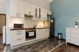 Two-Bedroom Apartment Nagymezo street 64.