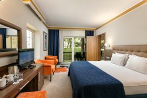 Maritim Pine Beach Resort, Resorts  Belek - big - 15