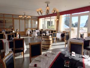 Villa Huinid Hotel Bustillo, Hotely  San Carlos de Bariloche - big - 61