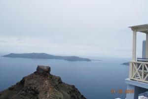 Pearl on the Cliff(Imerovigli)