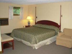 King Room - Lake Front